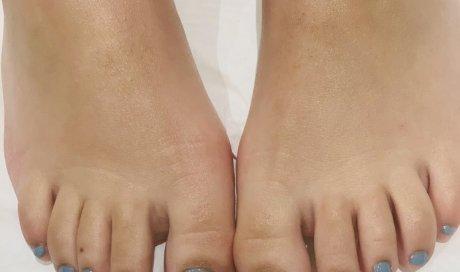 beauté des pieds avec soin à la paraffine et pose de semi permanent dans votre institut ML beauté à Lempdes